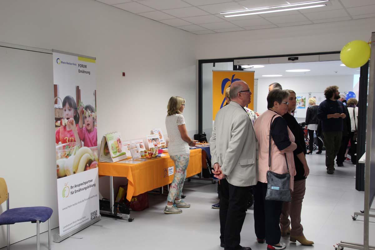 Zwillingsbettchen  Nicht abreißender Besucherstrom in der GRN-Klinik Sinsheim ...