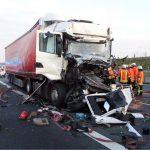 Verkehrsunfall mit zwei verletzten Personen auf der A6