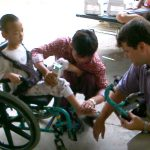 Zehntausend Rollstühle verteilt