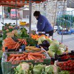 Räumliche Verlegung des Wochenmarktes in die Allee