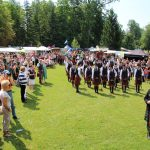 Highlander bevölkern den Schlosspark