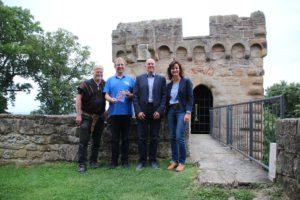 Fledermäuse auf Burg Steinsberg - Tore, Milo und Lars