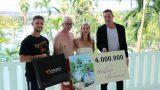 Viermillionster Gast checkt ins Südsee-Paradies ein