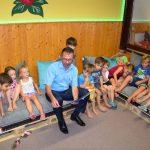 Kinder stellten ihre neue Leseecke im Kindergarten Adersbach vor