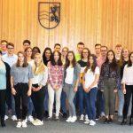 Landrat Stefan Dallinger begrüßt 35 neue Auszubildende in der Kreisverwaltung