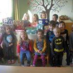 """Weihnachtspäckchenaktion """"Kinder helfen Kindern"""""""
