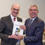Verwaltungs-und Schuldezernent Hans Werner in den Ruhestand verabschiedet