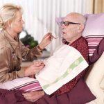 Pflege macht Angehörige seelisch und körperlich krank