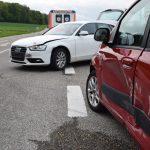 Vorfahrt genommen – Seniorin nach Crash in Adelshofen verletzt