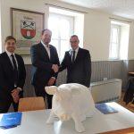 Cultura Durnania und Volksbank Kraichgau schließen Kooperationsvertrag zum 1.250 Jubiläum von Dühren