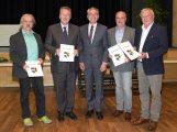 Verleihung des Ehrenringes des Rhein-Neckar-Kreises durch Landrat Stefan Dallinger