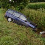 Sinsheim-Adersbach: Opel landete nach Unfall in Graben