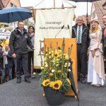Übergabe der Heimattage-Fahne durch Ministerpräsident Winfried Kretschmann an Sinsheim