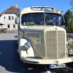 Historische Busse im Krebsbachtal