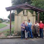 Überdachung des Kriegerdenkmal auf dem Friedhof in Untergimpern