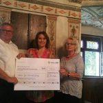 Netze BW bedankt sich mit Spende des eingesparten Portos