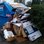Papier-Container in Sinsheim: Kartonagen zerkleinern