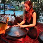 Meditative Klänge unter Palmen