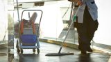 """""""Sauberkeit rettet Leben"""": Mehr  Geld für Reinigungskräfte gefordert"""